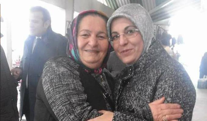 Gülcü Fatma  Toru'yla birlikte