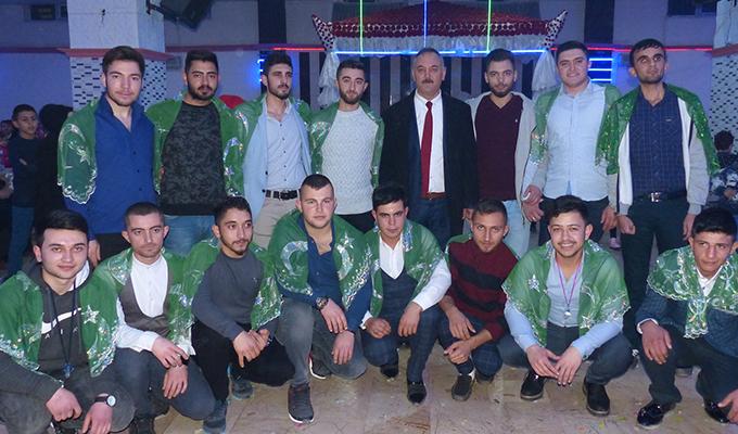 Kozanlılar Derneği asker gecesi düzenledi