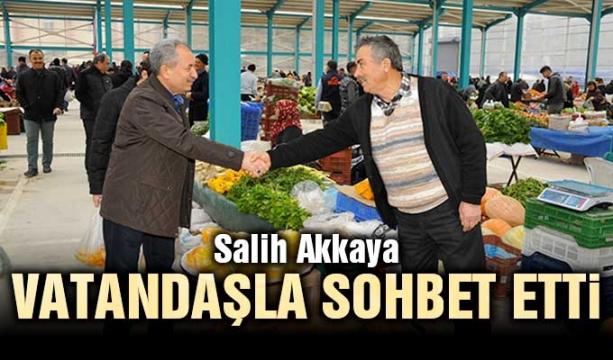 Salih Akkaya vatandaşla sohbet etti