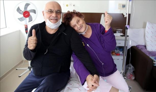 47 yıllık eşine 'nakil sürprizi' yaptı