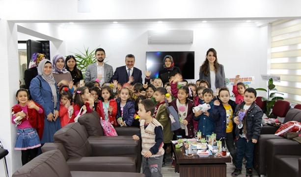 Anaokulu Öğrencilerinden, Başkan Tutal'a Ziyaret