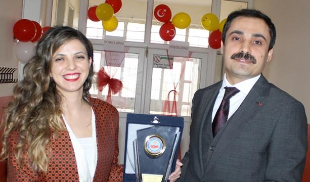 Turgut İlkokulu Kütüphanesi ve Zeka oyunları salonu açıldı