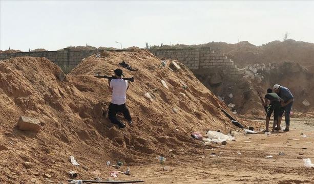 'Libya'da UMH güçleri Hafter'e bağlı savaş uçağını düşürdü'