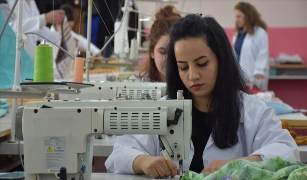 Hakkari'nin fabrika gibi üreten eğitim merkezi