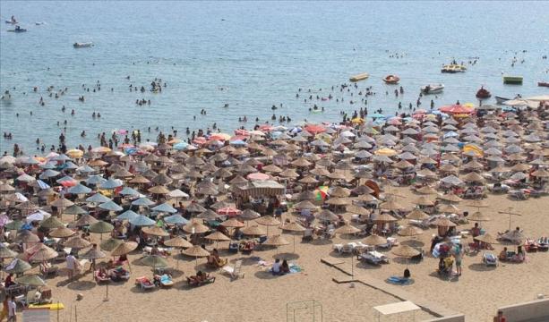 Kuzey Ege'ye bayram ilgisi turizmciye 'can suyu' oldu