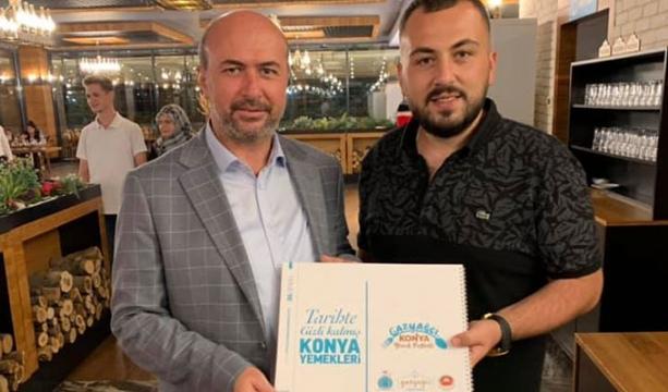 Ahmet Pekyatırmacı  Gazyağcı'da poz verdi