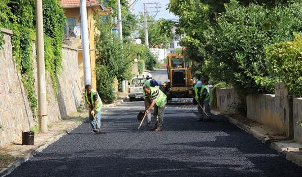 Başkan Tutal: 'Program dahilinde sıcak asfalt çalışmalarımız devam ediyor'