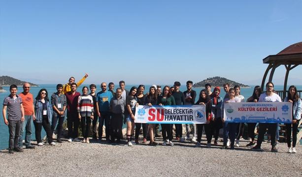 Beyşehir Belediyesi üniversite öğrencileri için kültür gezisi düzenledi